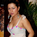 A drunk Hard Kaur loses her cool and misbehaves with the audience!