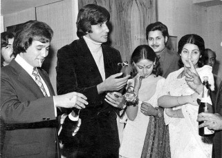 When Amitabh Bachchan and Rajesh Khanna partied together...