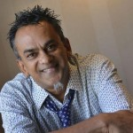 Pop star Remo Fernandes booked for threatening  a minor!
