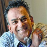 Singer Remo Fernandes charged with verbally assaulting a minor girl!