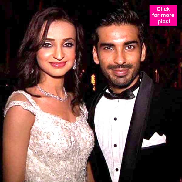 Is arjun and sanaya dating