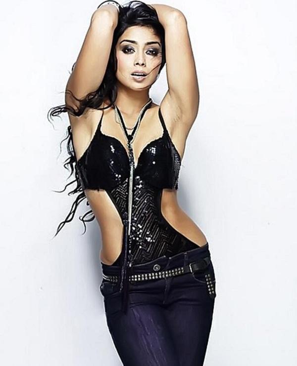 shriya-glamour-again