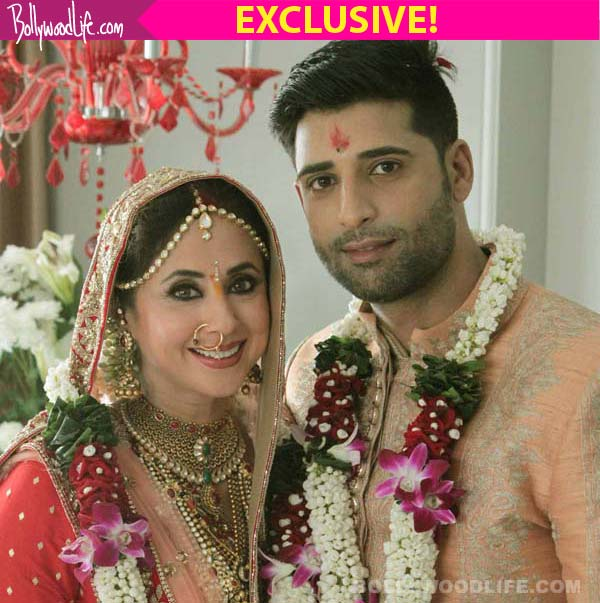 Urmila Matondkar and Mohsin Akhtar Mir wedding: Parents of ... Urmila Matondkar Family Photo