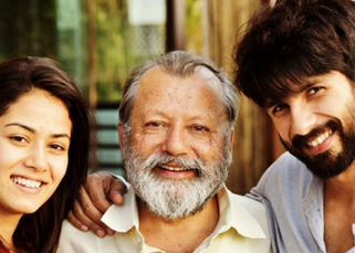 Pankaj Kapur loves to be a supportive father-in-law to Shahid Kapoor's wife Mira!