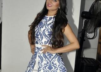 Get to know Mahi Vij on her birthday!
