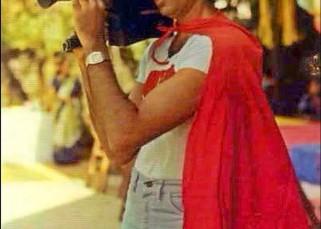 Amitabh Bachchan turned a superhero with video camera for Abhishek Bachchan!