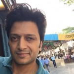 Housefull 3 actor Riteish Deshmukh donates Rs 25 lakhs for his drought-hit hometown!