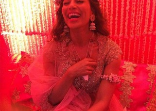 The first picture of Bipasha Basu from her mehendi ceremony is out and it is DREAMY!