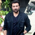 Did Akshay Kumar get REPLACED by Sunny Deol in this upcoming film?