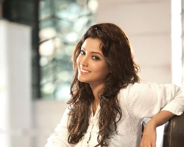 Adaa Khan Birthday Special: We Bet You Didn't Know These 5