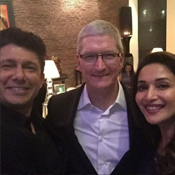 Sneha waghs second marriage in troubled waters bollywoodlife madhuri dixit nene loved meeting tim cook topics veerasneha waghmanasi voltagebd Images