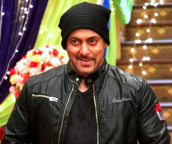 Heres What Salman Khan Did When Asked If He Would Apologise For The