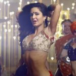 5 smokin hot Katrina Kaif moves from Baar Baar Dekho's Kala Chasma that'll leave you sweating!