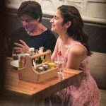 Shah Rukh Khan's this picture with Alia Bhatt will make you wish he was a life coach for real!