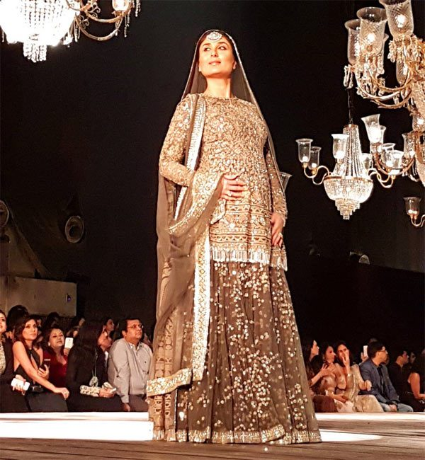 11 Eleven Fall Over The Gardens For Lakme Summer Resort 2017 Second Half Was Covered By 9 Degree Studio At Fashion