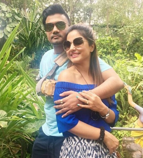 Hina Khan OPENS UP About Marrying Her Long Time Boyfriend Rocky Jaiswal