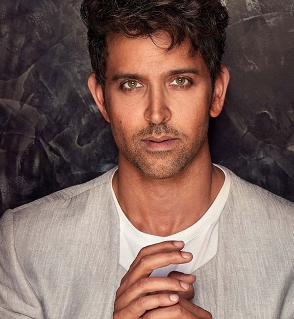 hrithik roshan who is he dating now