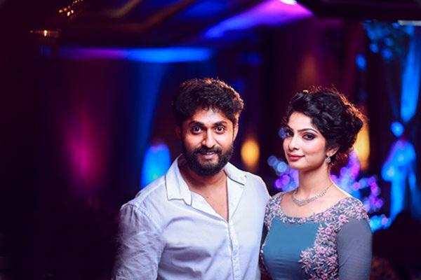 Vineeth Sreenivasan Engagement Photos