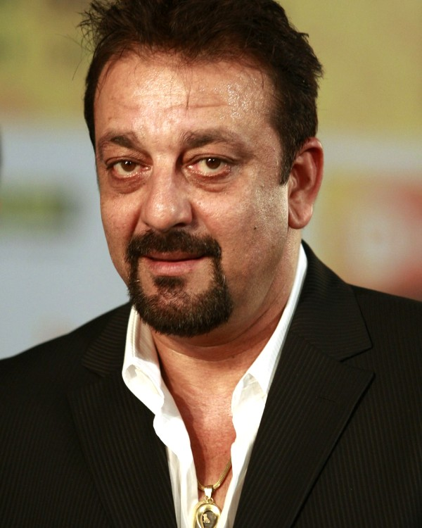 Sanjay Dutt can be sent back to jail says, Maharashtra government