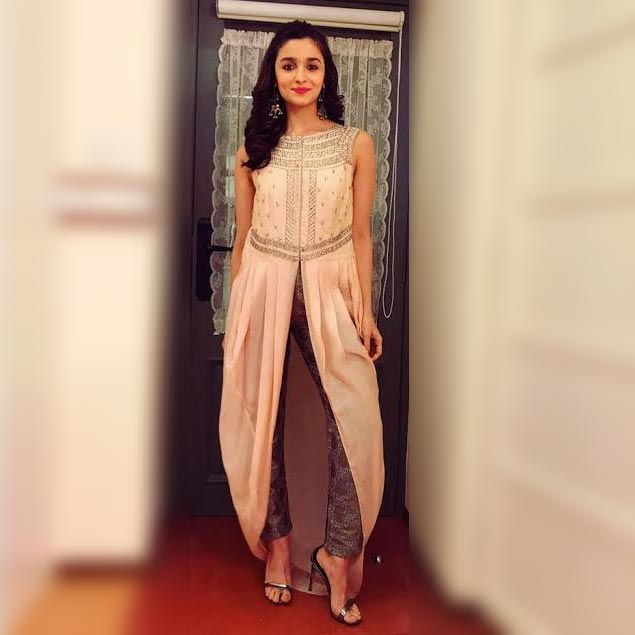 Fashion Pick Of The Day Alia Bhatt Spins A Sublime Style Story And Makes Us Fall In Love With