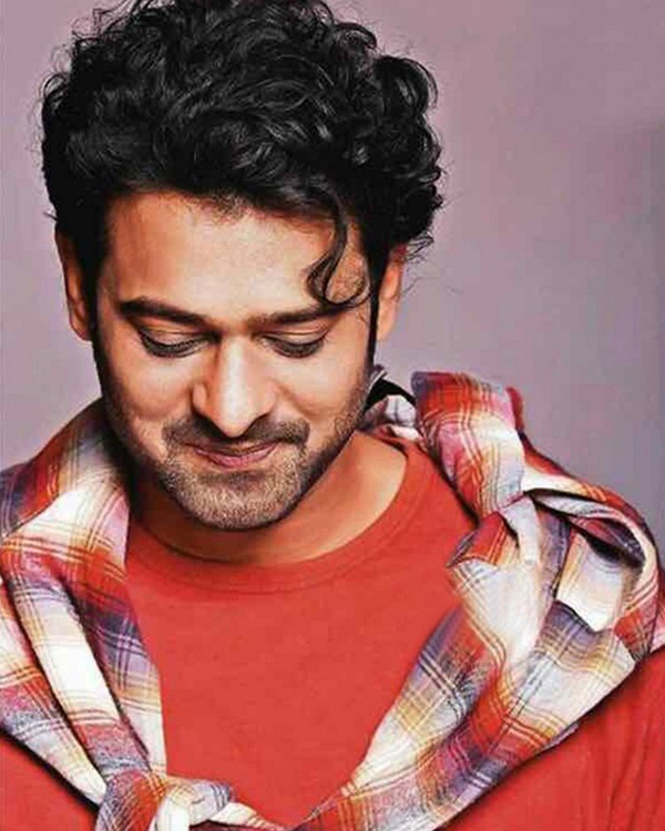 Internet Goes Gaga Over Prabhas' New Look For Saaho