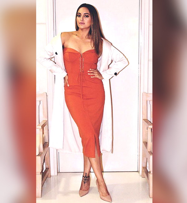 Fashion Pick Of The Day Sonakshi Sinha Gets Her Party Style On Fleek With A Lavish Alice Rust