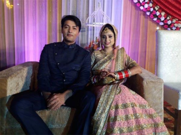 Anas Rashid Age, Salary, Marriage, Wife, Wiki - Aap Gadhe Hain