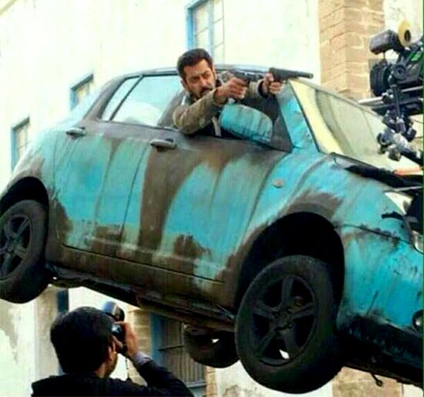 Salman Khan Posts A Tiger Zinda Hai Update