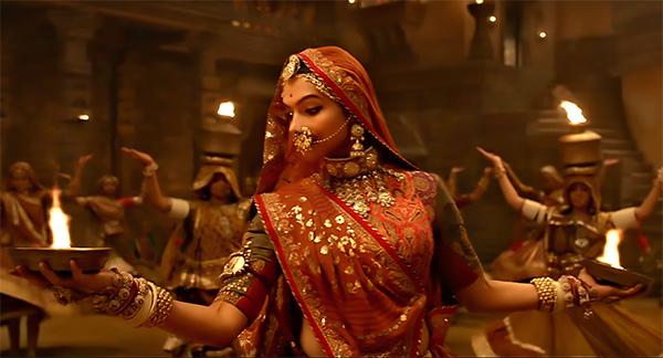 Rajasthani Ghoomar Dance Deepika Padukone leave...