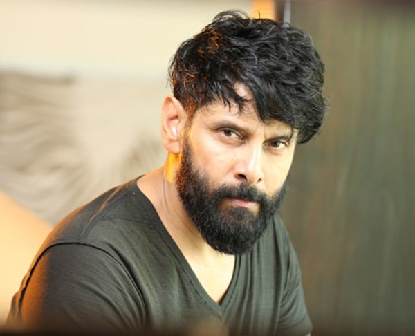 Chiyaan Vikram replaces Prithviraj in RS Vimal's 'Mahavir Karnan'
