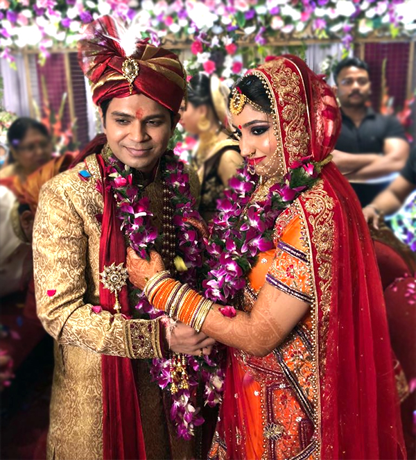 Finally Ankit Tiwari gets hitched with this handsome  girl