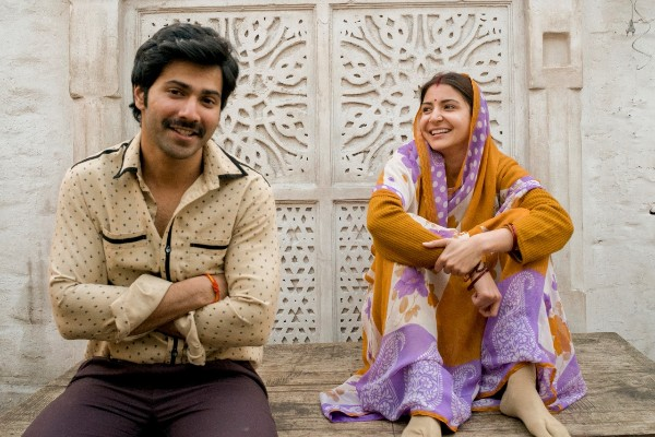 Varun Dhawan and Anushka's heart warming chemistry in 'Sui Dhaaga'
