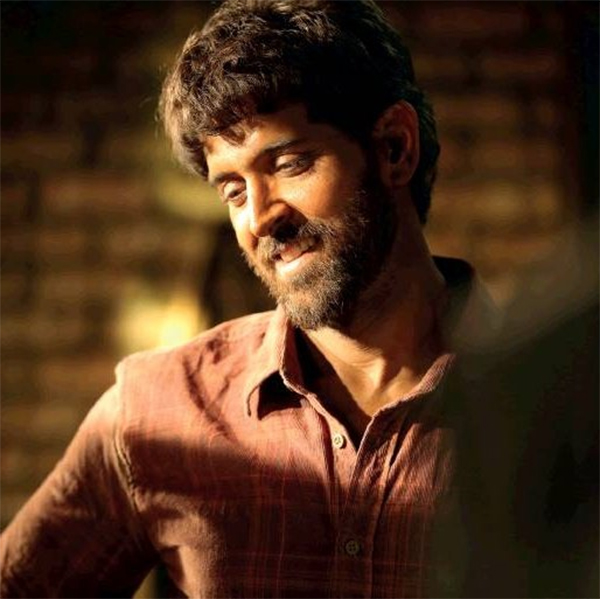 'Super 30' first look: Hrithik Roshan as Anand Kumar looks interestingly different