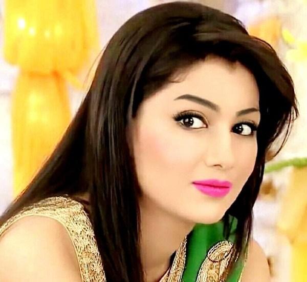Sriti Jha's makeover for Kumkum Bhagya's 7-year leap will ...