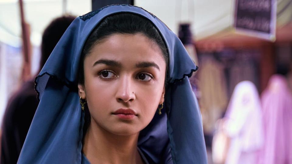 11 thoughts that we had while watching Alia Bhatt-starrer Raazi
