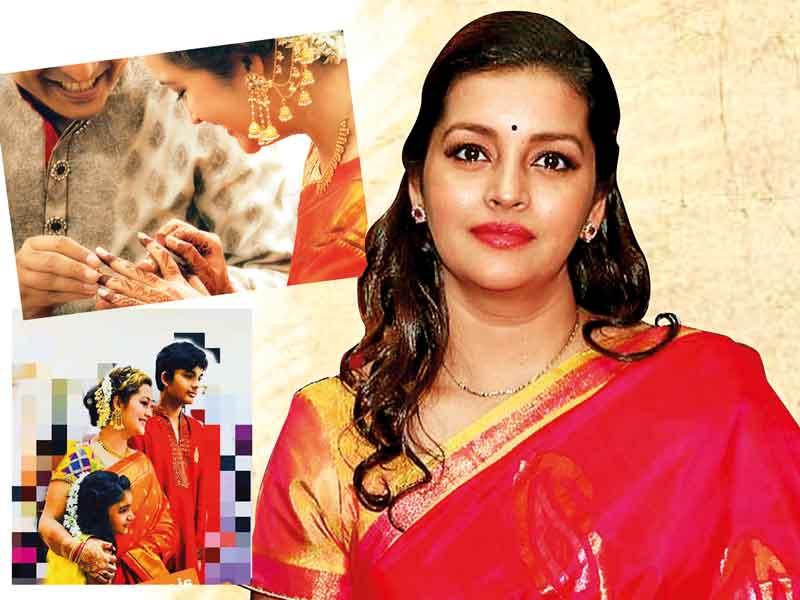 renu-desai-pawan-kalyan-ex-wife-renu-desai-engagem