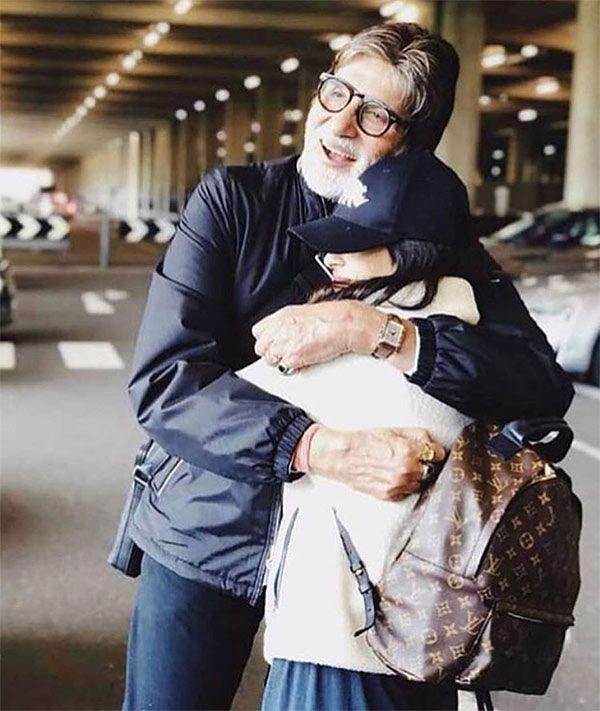 Navya Naveli Nanda gets a warm hug from grandpa dearest Amitabh Bachchan and we so want to join them