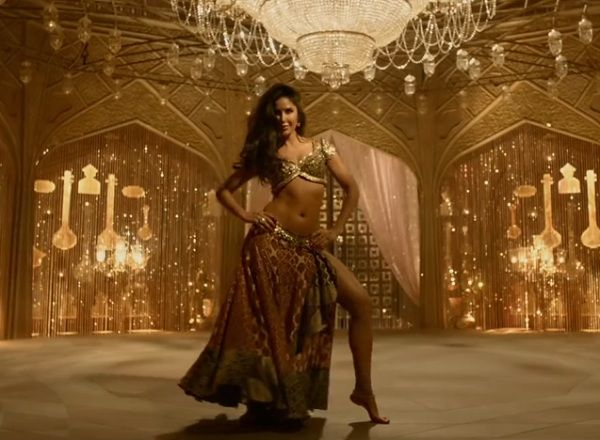 Thugs of Hindostan Trailer: Amitabh Vs Aamir Khan this Diwali