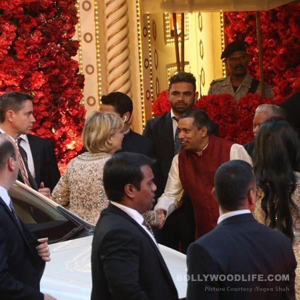 Isha Ambani After Wedding: Isha Ambani-Anand Piramal Wedding LIVE UPDATES: Amitabh