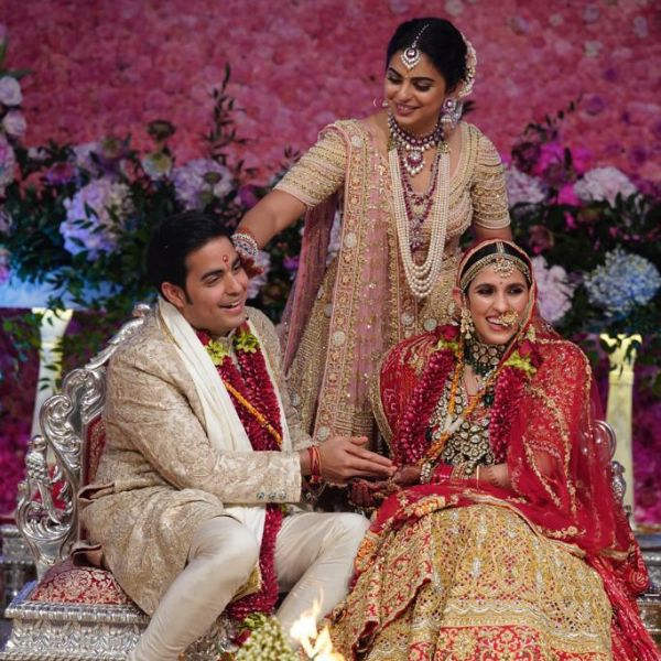 Akash Ambani-Shloka Mehta reception: The couple looks royal in ethnic wear