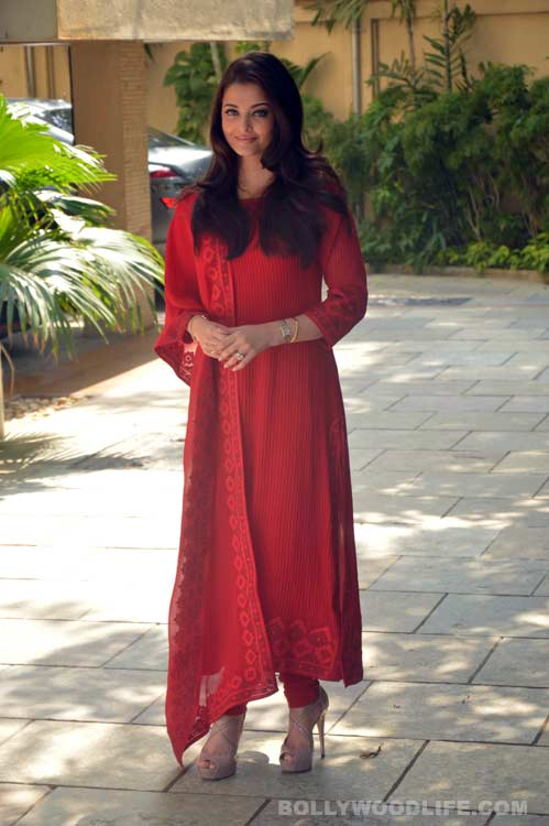 Aishwarya Clothing Online
