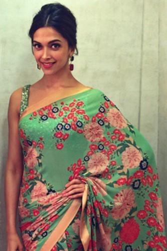 10 looks in a saree that Deepika Padukone rocked - Deepika ...