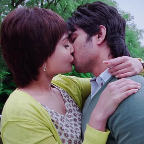 how to make kissing scene in movie
