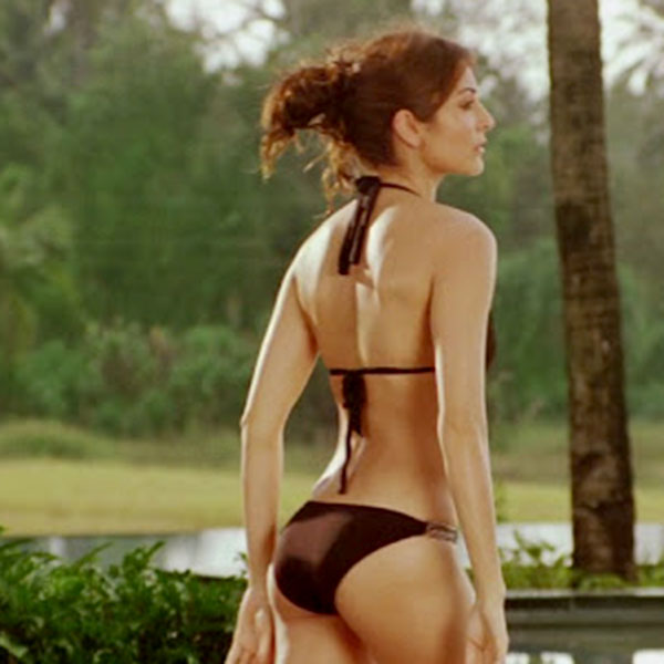 Anushka Sharma Hot Bikini