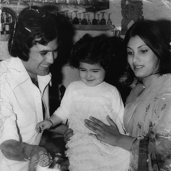 Birthday Special: Rare pictures of Twinkle Khanna and ...
