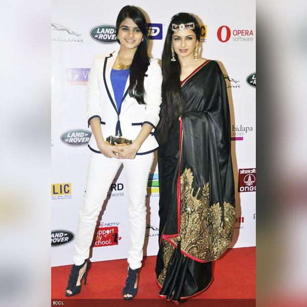 Priya bapat hot photoshoot in jeans - मराठीshoots