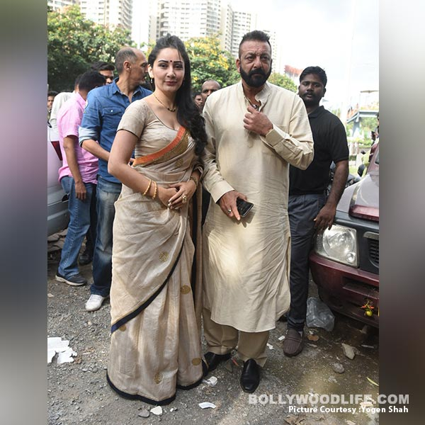 Sanjay Dutt Gives Us A Glimpse Of His Ganesh Aarti In